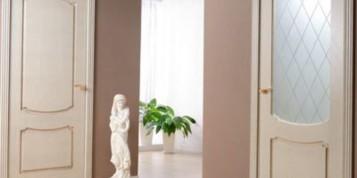 Модели интериорни врати със стъкло - какви са предимствата